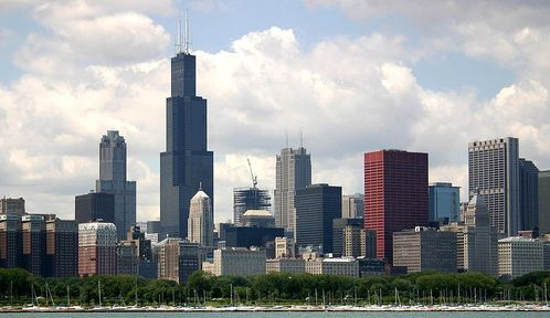 800px-2004-07-14_2600x1500_chicago_lake_skyline