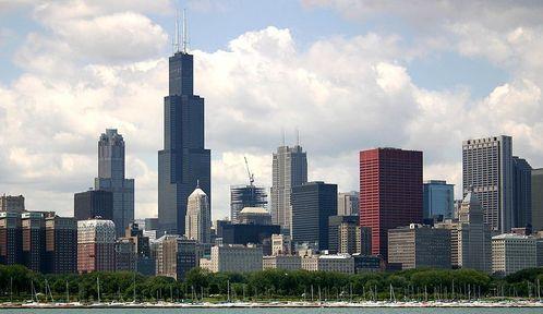 800px-2004-07-14_2600x1500_chicago_lake_skyline