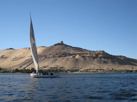 25-dec_aswan_nile__aga_khan__2_small