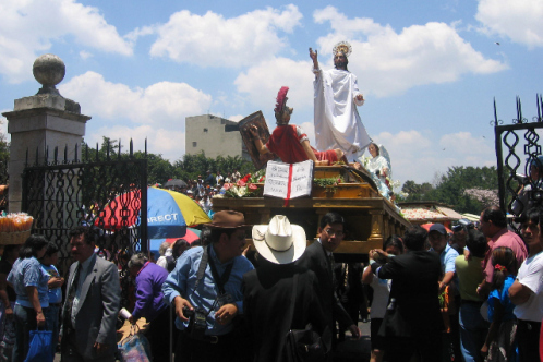 Procession2