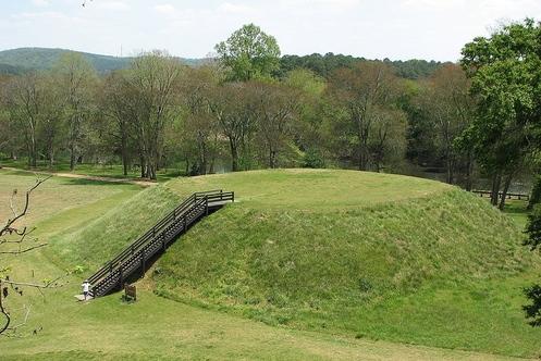 800px-usa-georgia-etowah_indian_mounds-mound_b