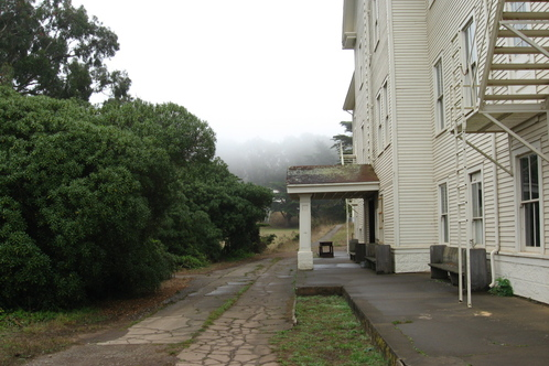 Headlands_center