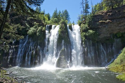Burney_falls_from_below__1_