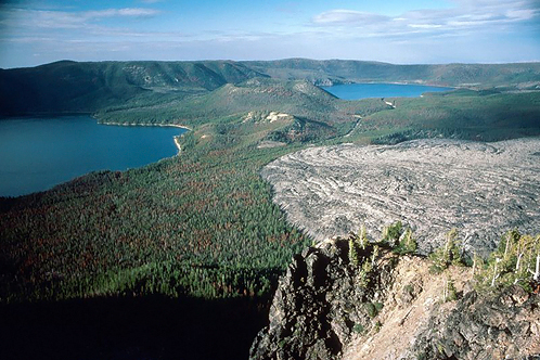 800px-newberry_caldera-1