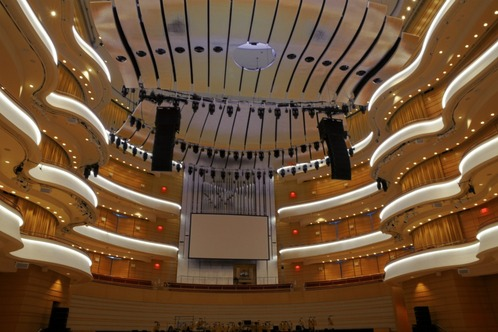 Segerstrom_hall_-_copy__2_