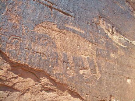 Bear_petroglyph
