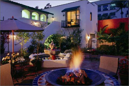 Spanish_garden_inn