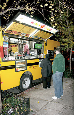 A Wafels & Dinges food truck
