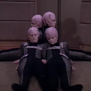 Trek TV Episode 106 - Star Trek: The Next Generation - S01E15 - 11001001