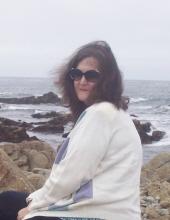 Sandra Holt