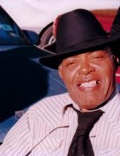 Solomon Dennis Jr.