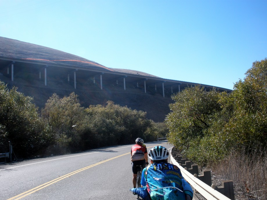 Trip photo #20/21 Overhang section of I-580