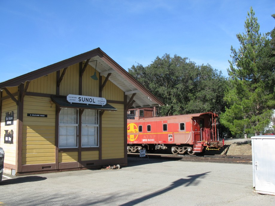 Trip photo #3/29 Regroup at Sunol RR station