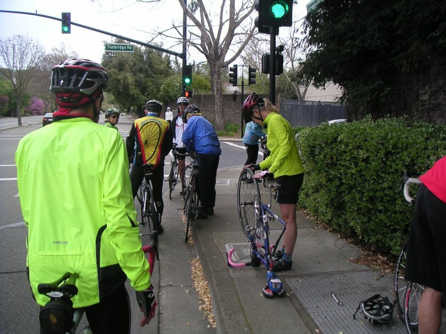 Trip photo #3/12 Flat tire repair on Camino Tassajara