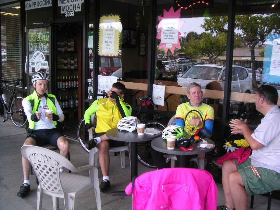 Trip photo #13/16 Refreshment stop at Bodi's