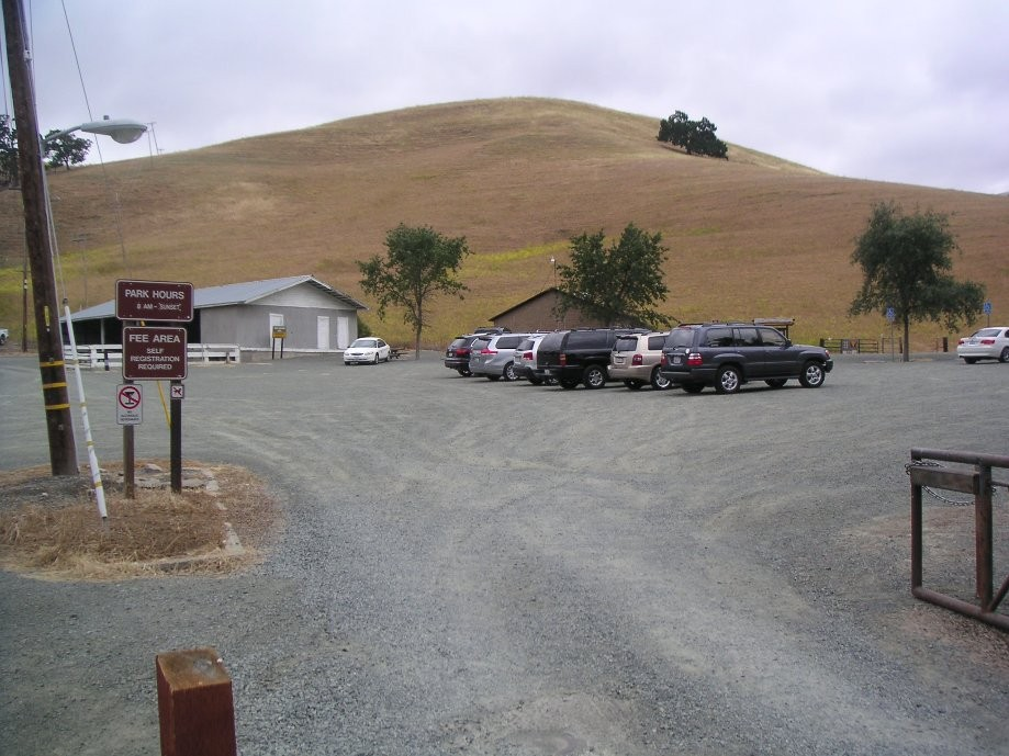 Trip photo #3/14 Macedo Ranch staging area at the end of Green Valley