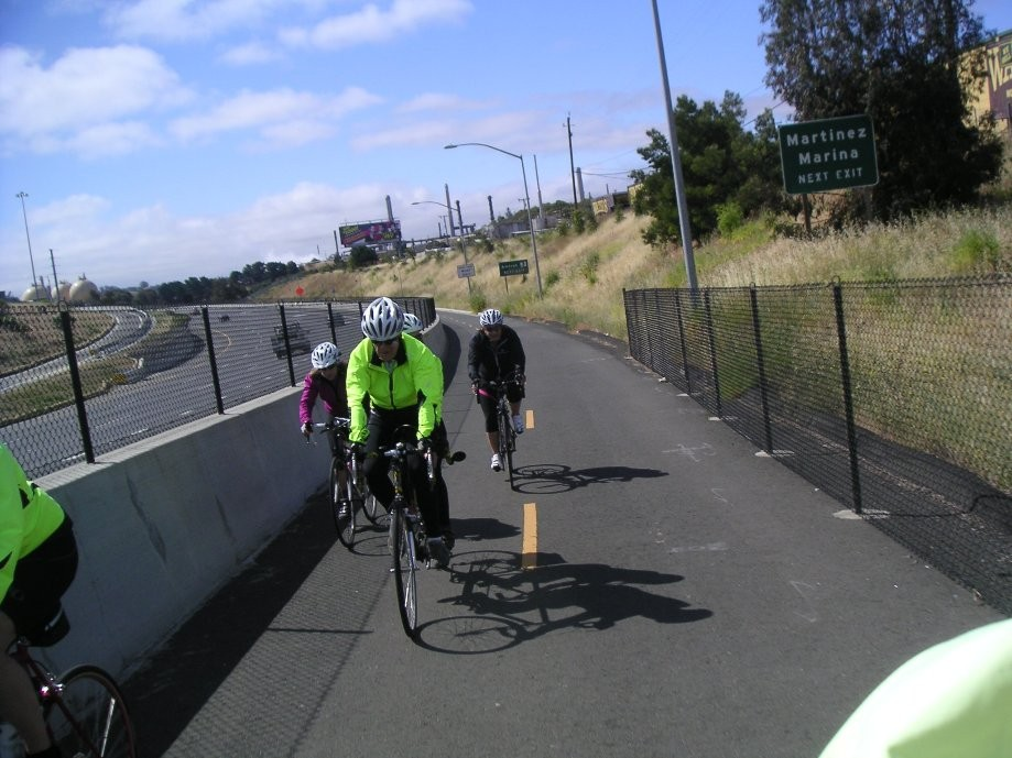 Trip photo #6/20 Starting up the bridge bike path