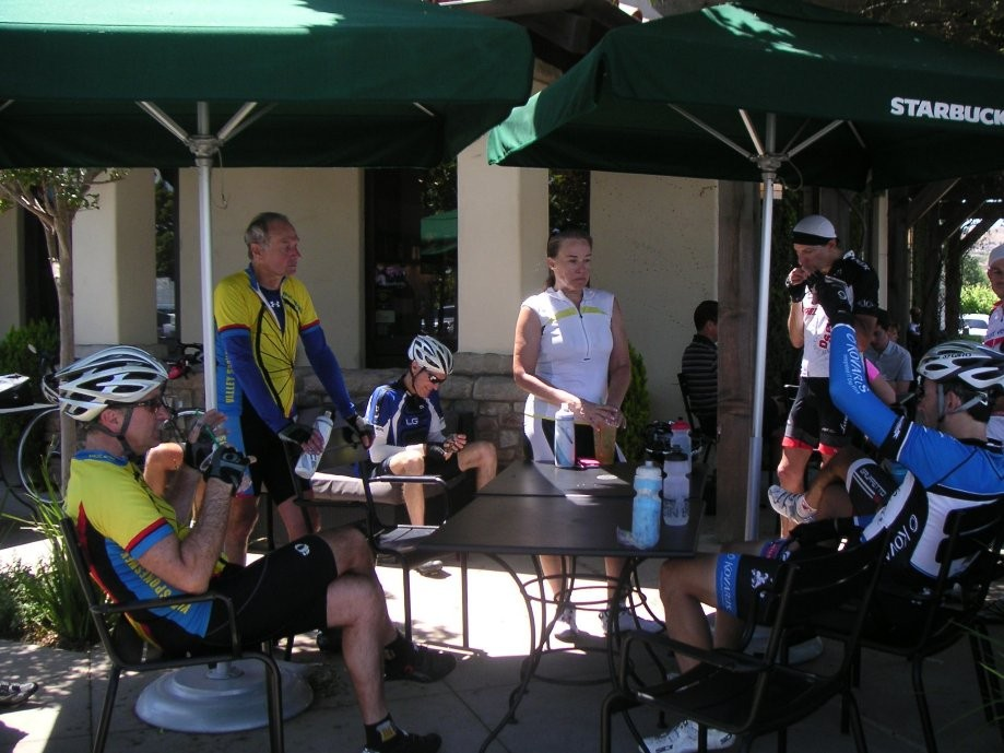 Trip photo #8/13 Refreshment stop at Starbucks on Vineyard