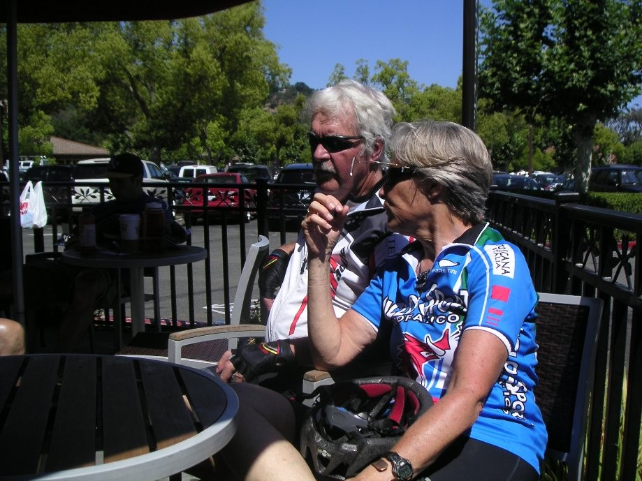Trip photo #4/8 Refreshment stop at Peet's in Alamo Plaza