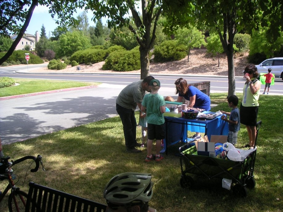 Trip photo #6/15 Livorna Park lemonade/snack stand
