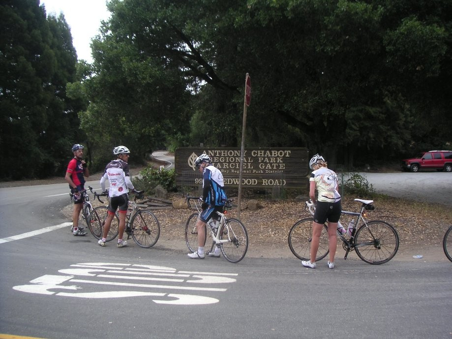 Trip photo #4/30 Regroup at Marciel Gate near Redwood Rd. summit