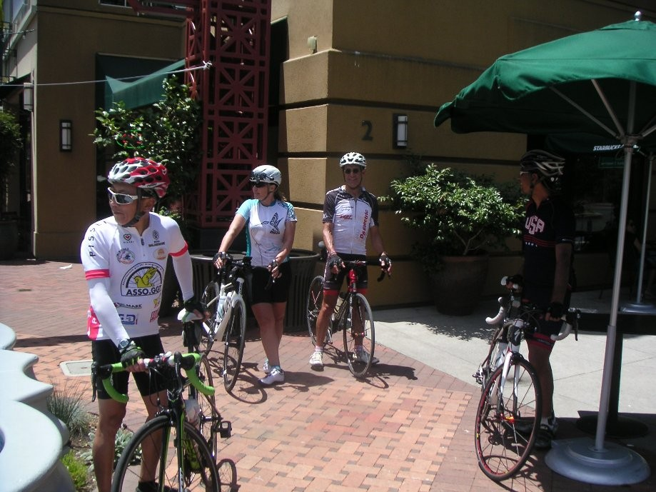 Trip photo #26/30 Refreshment stop at Theater Square, Orinda