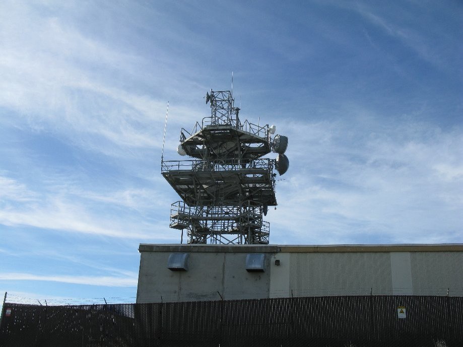 Trip photo #15/41 Antenna complex on the summit where we stopped