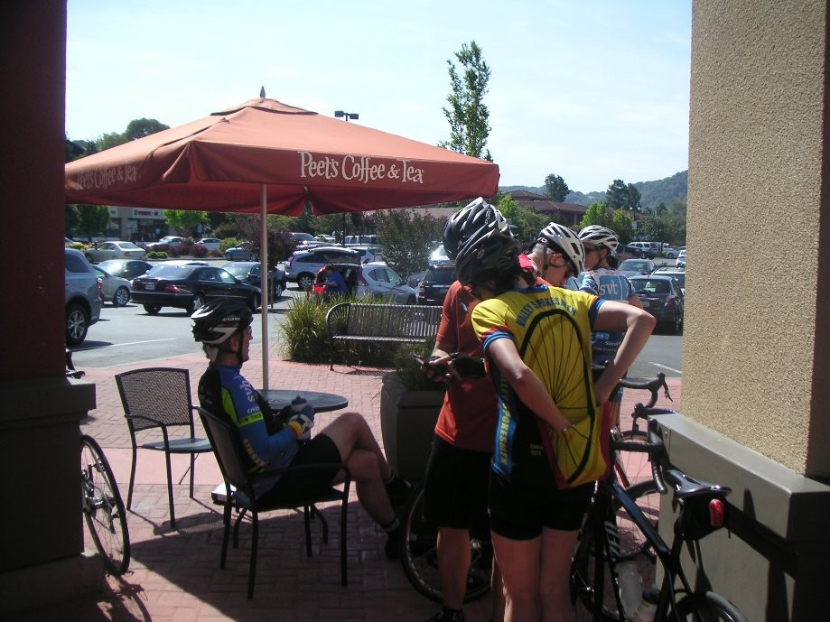 Trip photo #4/11 Refreshment stop at Peet's in Pinole