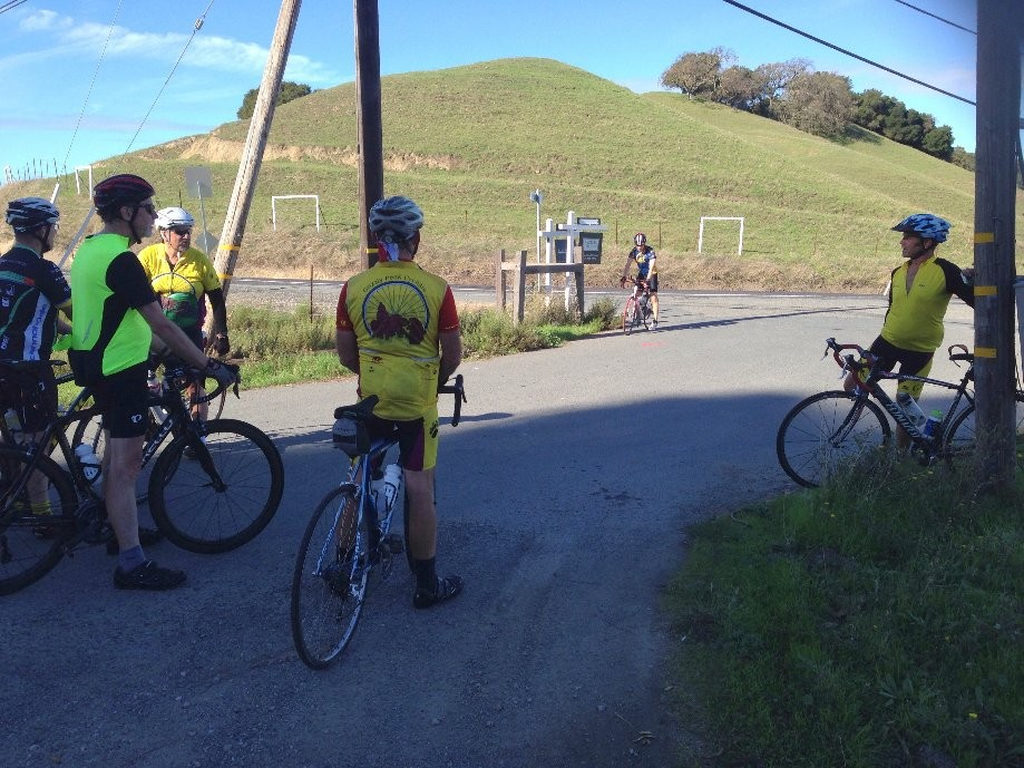 Trip photo #5/9 Regroup at Pig Farm hill summit