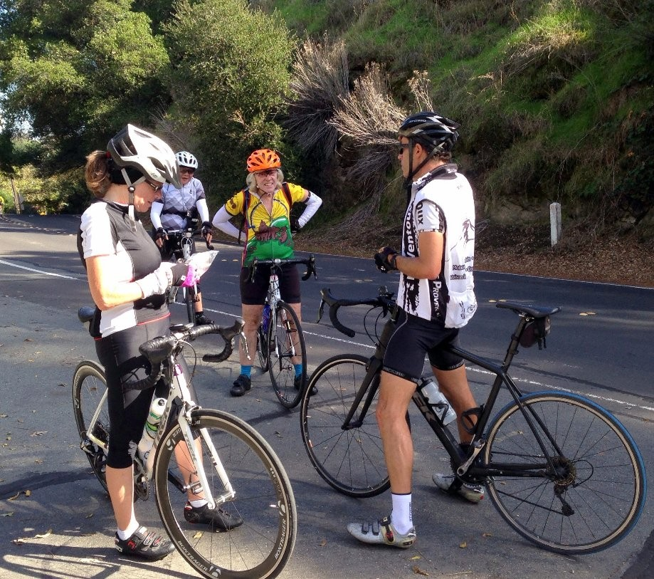 Trip photo #7/9 Regroup at Reliez Valley rd. summit