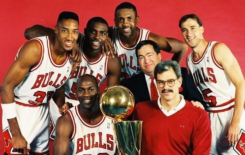 GM of Chicago Bulls Dynasty Has Died