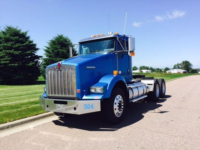 2011 Kenworth Heavy Duty T800 $69,900
