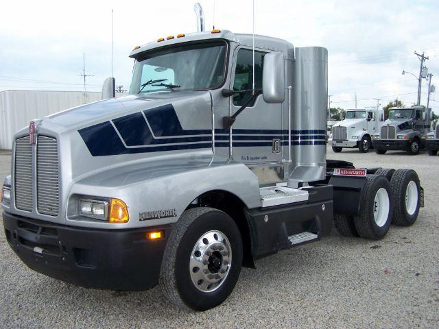 2000 Kenworth T600