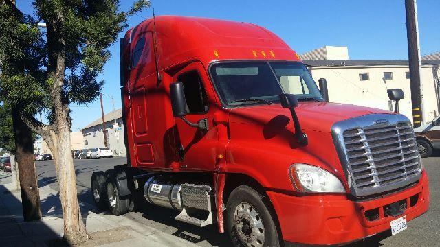 2009 Freightliner cascadia DD15 $51