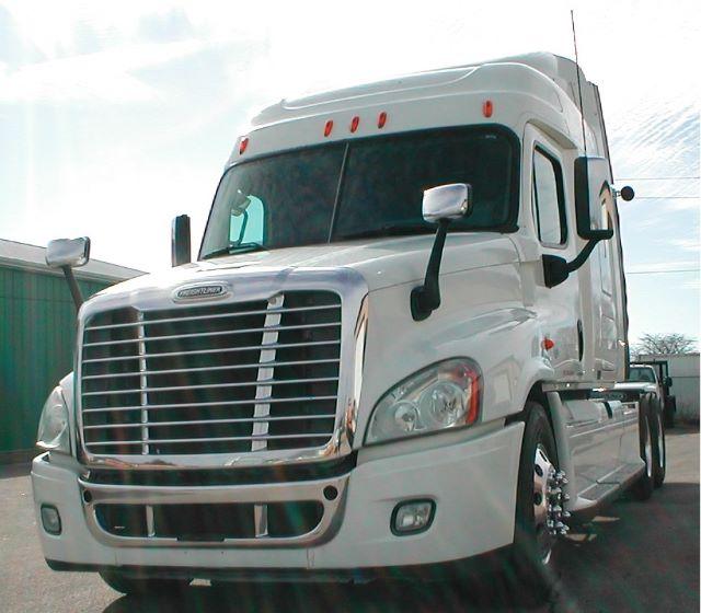 2009 Freightliner Cascadia$39,500