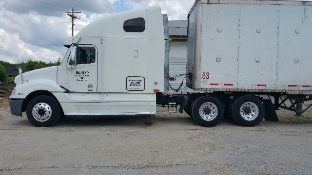 2007 Freightliner Columbia $29,000