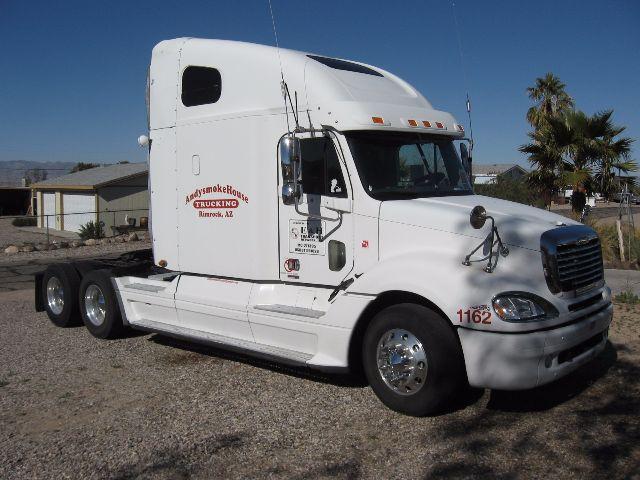 2005 Freightliner Columbia $20,900