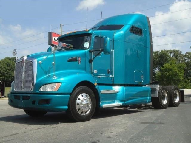 2011 KENWORTH T660$49,900