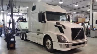 2013 Volvo VNL64T670 $74,900