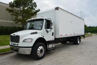 2010 Freightliner M2 $31,950