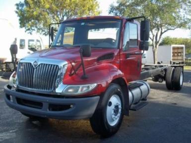 2009 International 4300$24,900