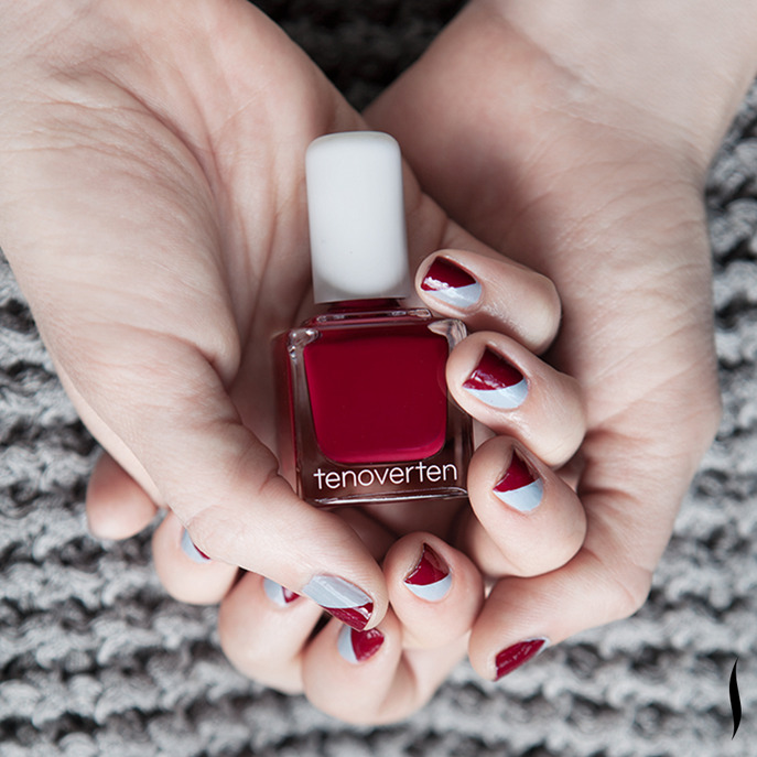 YOUR FALL NAIL ART SHOULD MATCH YOUR FALL SWEATER