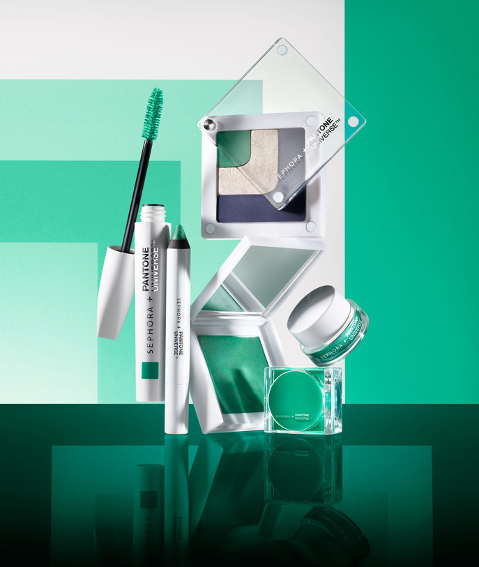 SEPHORA HOT NOW: VOLUME 3 THE SEPHORA + PANTONE UNIVERSE COLOR OF THE YEAR EMERALD COLLECTION
