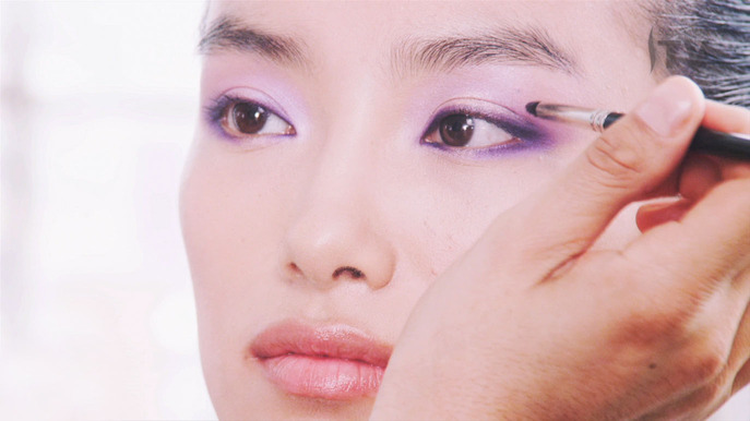 VIDEO: IRIDESCENT EYES WITH LA MAISON DE COLOR VISIONLUCID LILAC