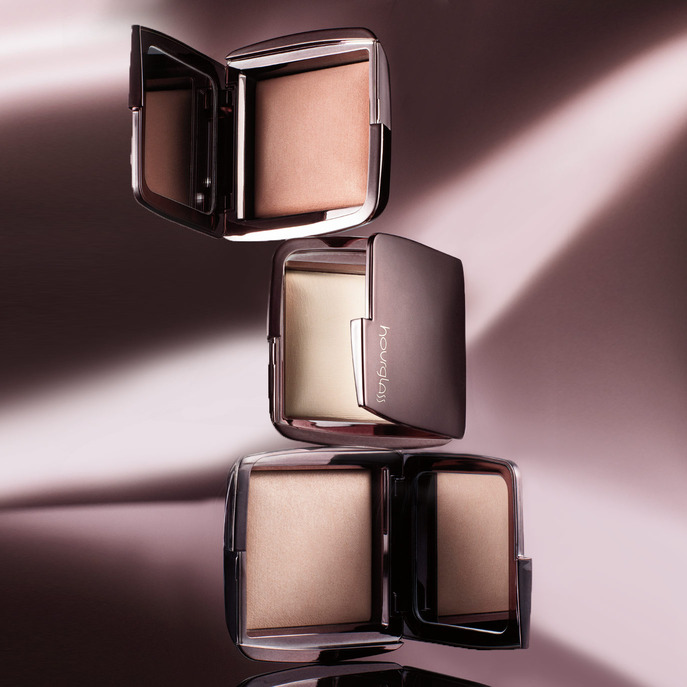 SEPHORA HOT NOW VOLUME 8: HOURGLASS AMBIENT LIGHTING POWDER