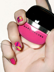NAIL SEPHORA'S PALM TREES NAIL LOOK WITH MARC JACOBS BEAUTY