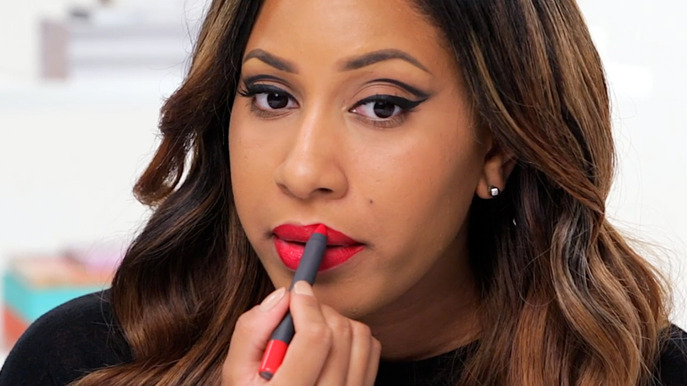 Video: The Winged Eyeliner and Matte Red Lip Makeup Tutorial