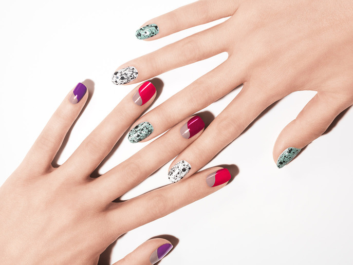 THE TIP-OFF: THE HOLIDAY MANICURE