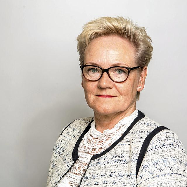 92. (92) Sandra Riise