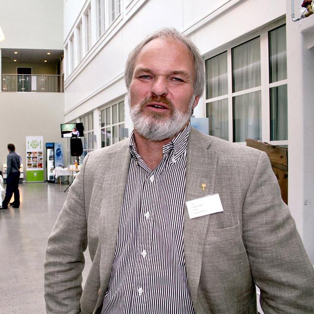 76. (81) Einar Frogner